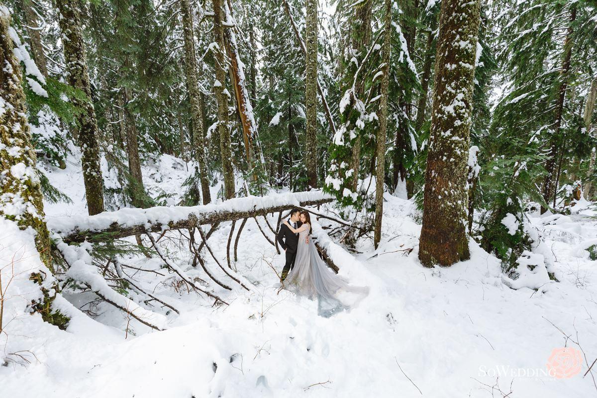 Winter Wonderland Elopement Photography