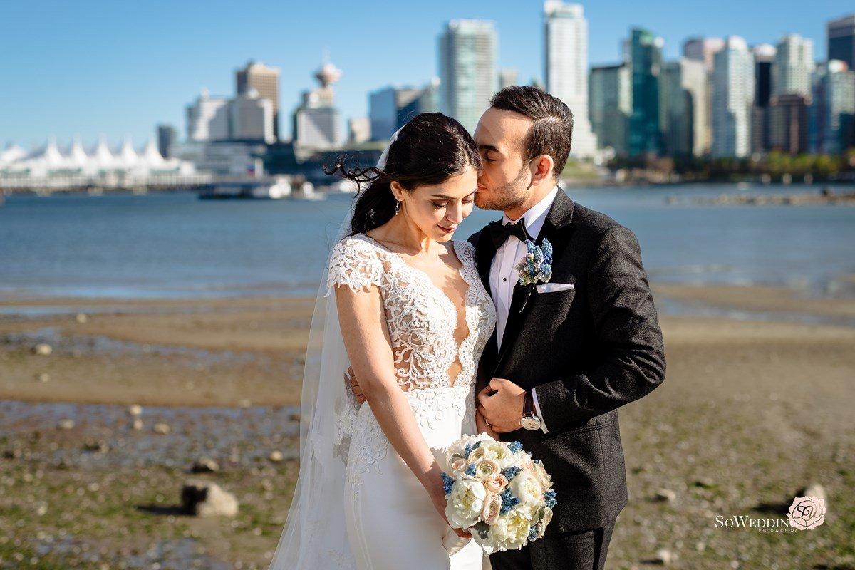 Vancouver Wedding Photography Fairmont Pacific Rim Wedding