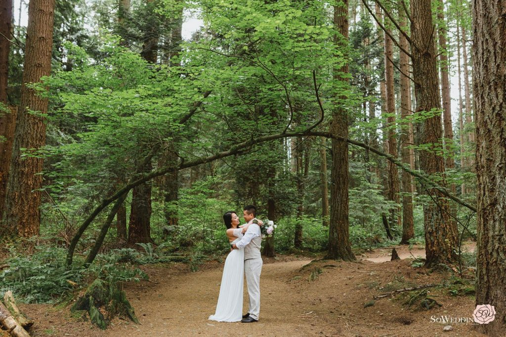 Vancouver Elopement Photography